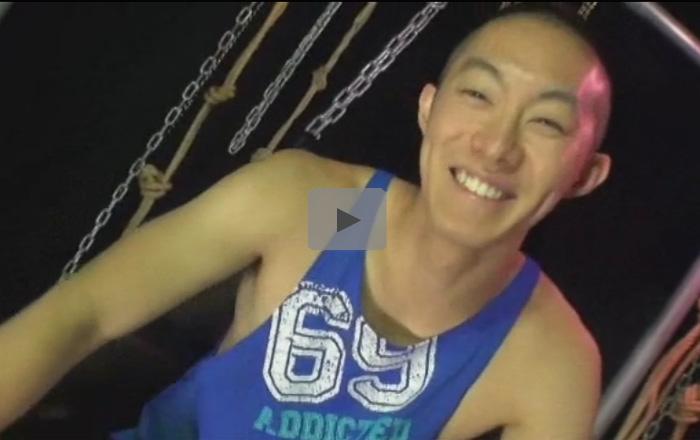 【ゲイ動画】バスケをやっていそうな体が大きい坊主の素人が大好きなキスをいっぱいしながらアナルを攻められる!