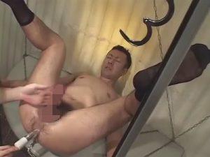 【ゲイ動画ビデオ】電マやバイブやディルドを使いながらアナルやチンコを犯されたりアナルセックスをさせられる男が見られる!