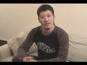 【無修正ゲイ動画】バスケ経験があるスジ筋のイカニモ系がオナニー姿を見せてくれる!