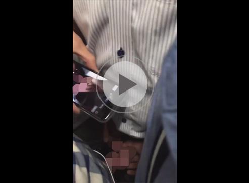 【無修正ゲイ動画】電車の車両内で兜合わせのオフ会!素人の男4人が身体を密着させてチンポとチンポをコスり合う!