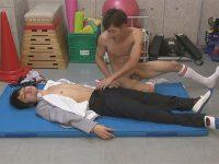 【ゲイ動画】体育倉庫の中で可愛い系の男2人が兜合わせをしたりアナルセックスを堪能しちゃう!