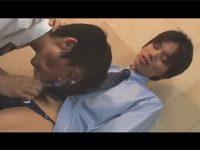 【ゲイ動画】清潔感があるスーツ姿の細身の男2人がズボンを脱いでアナルセックスを楽しみ始めちゃう!