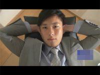 【ゲイ動画】目隠し状態でイケメンがフェラや手コキをされてから電マでチンコをハードに犯される!